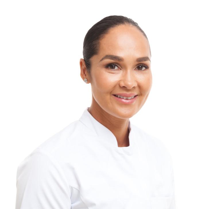 Dokter Monique Dikrama